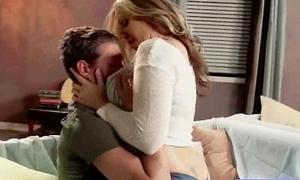 Bigtits Hot Wife Perceive Hard Sex (julia ann) clip-15