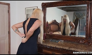 Stepmom gives will not be eager for lass a lesson on touching Screwing (smv13738)