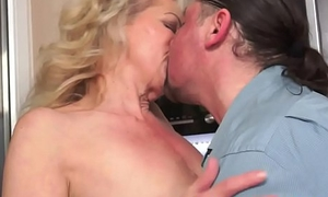 Saggy grandma fucked and jizzed on pussy