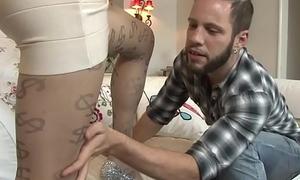 Riley Quinn fucks in pantyhose